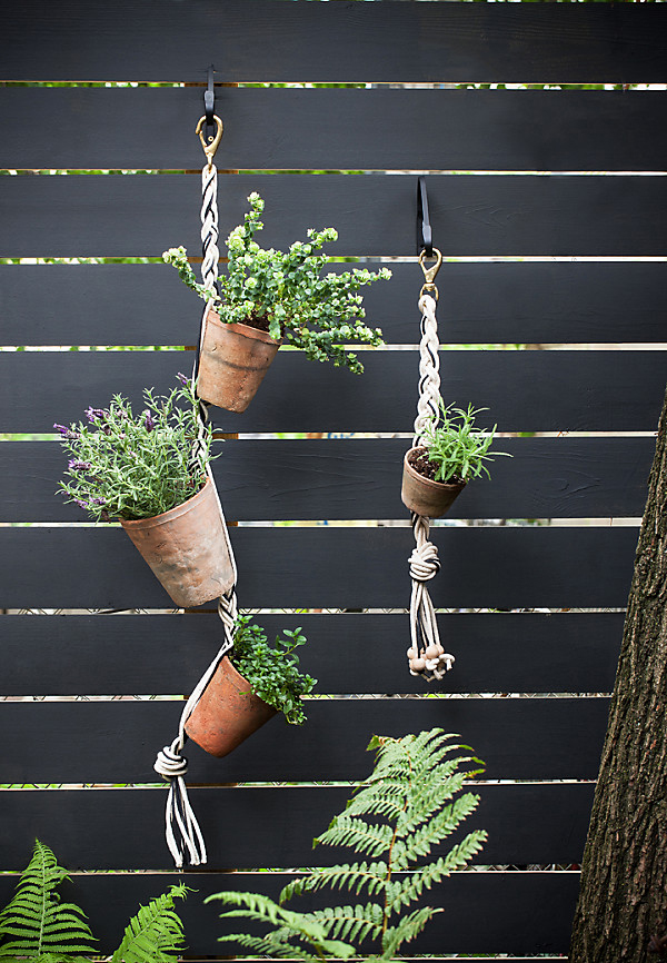 DIY Stylish Hanging Vertical Garden