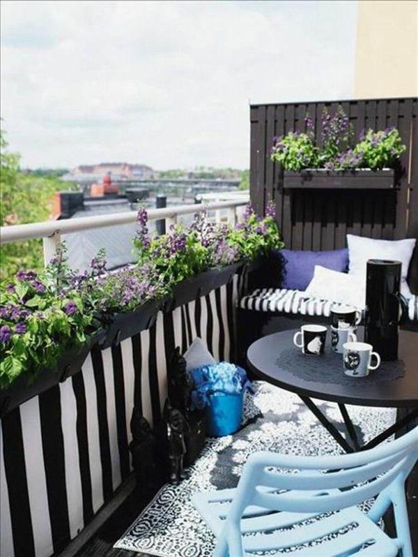 Minimalist Balcony Garden Ideas