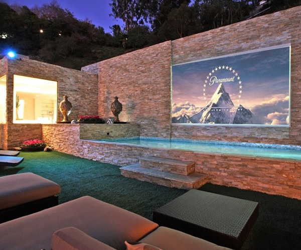 Outdoor Home Movie Theater System