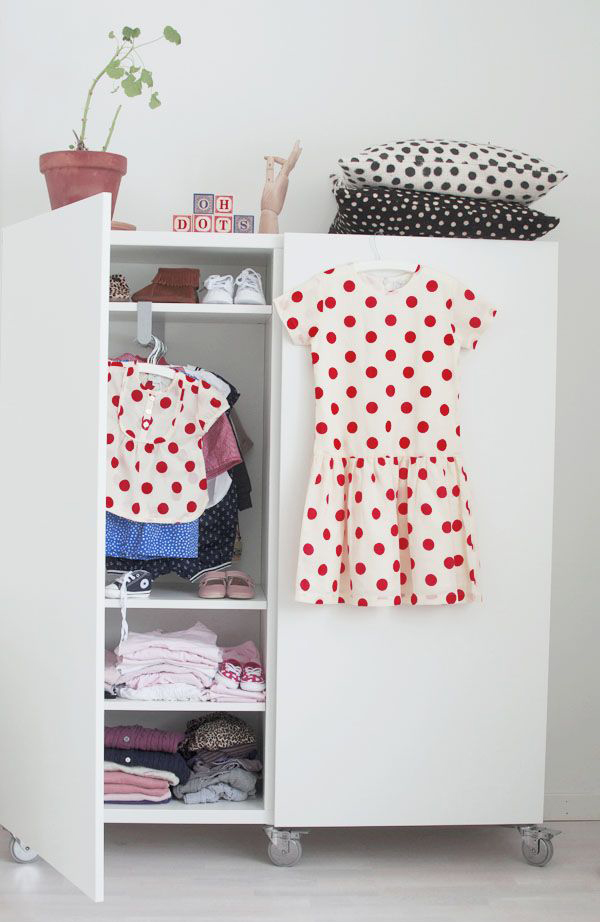 25 Nice And Small Kids Wardrobe Ideas House Design And Decor