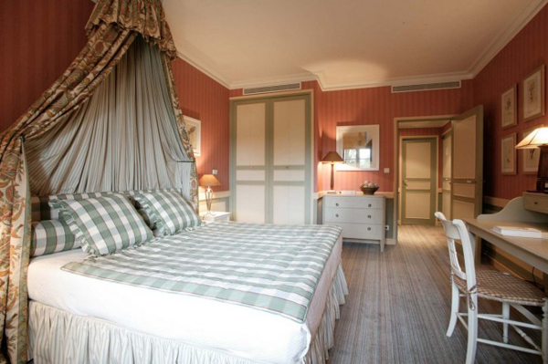 Best romantic hotel in france house design and decor for Hotel design france