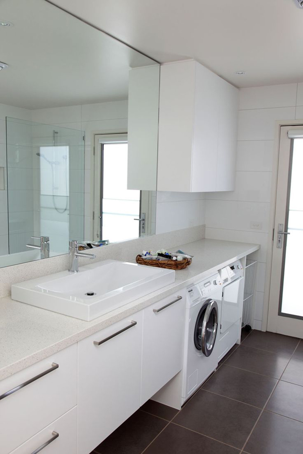 Bathroom Design With Laundry : Small laundry with bathroom combinations house design
