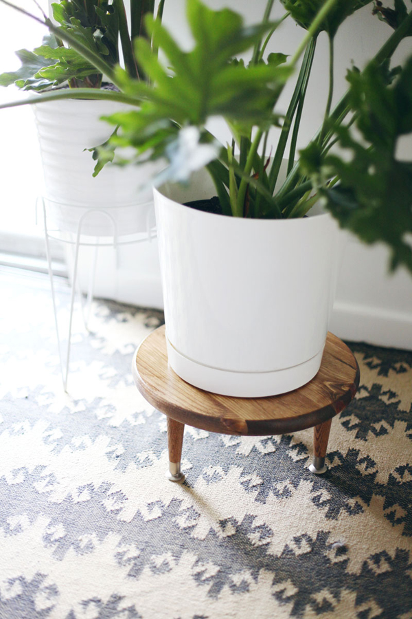 DIY Plant Stand Pot with Mid Century Ideas