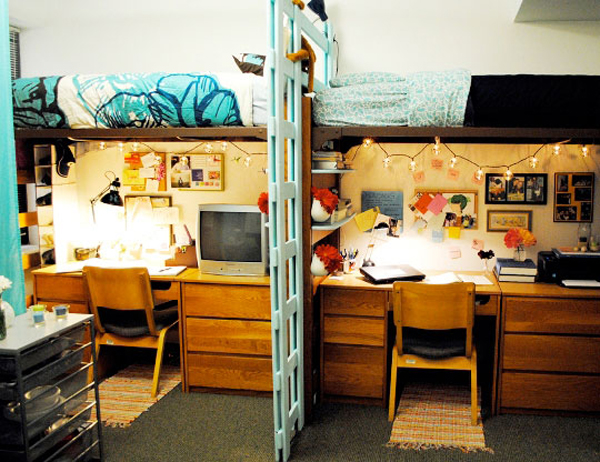 20 cool college dorm room ideas house design and decor for Cool dorm room setups