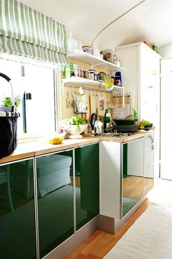 green small kitchen cabinet