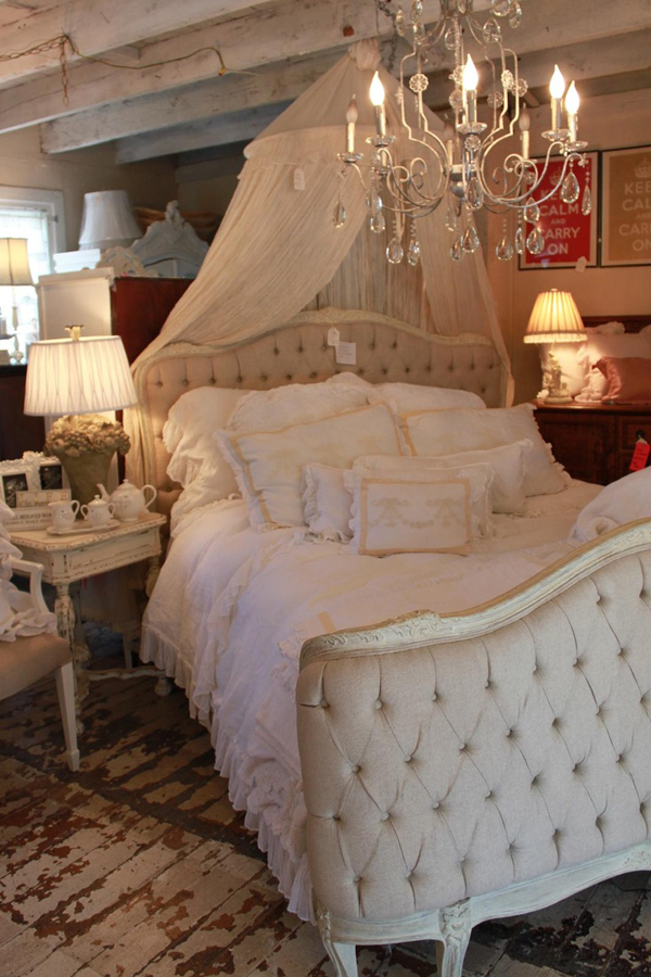20 best romantic bedroom with lighting ideas house 18160 | small romantic bedroom designs