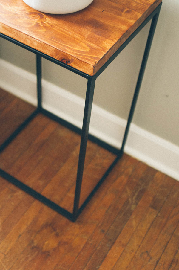 DIY Ikea Hacks Table Design