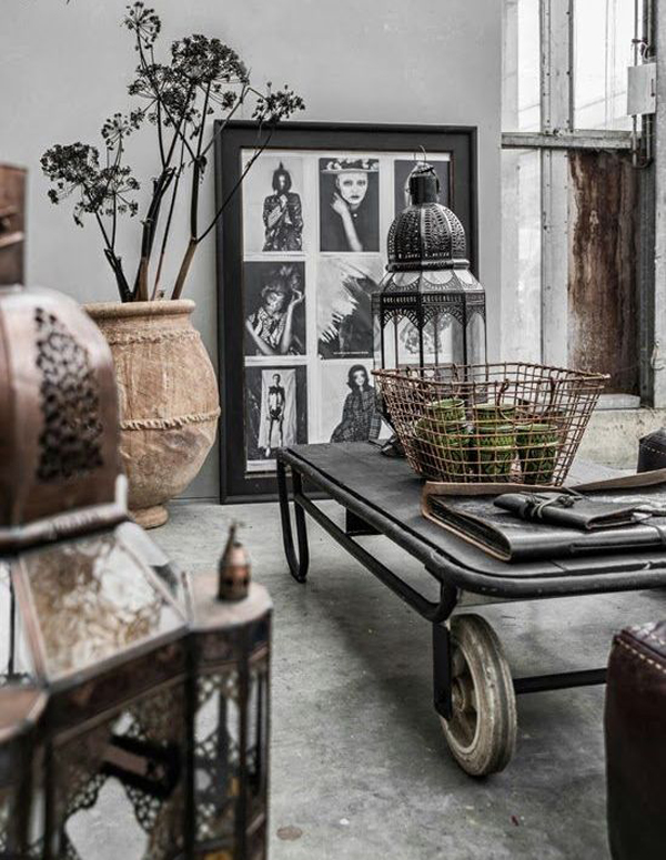 20 inspirational industrial living room designs house for Vintage style living room ideas