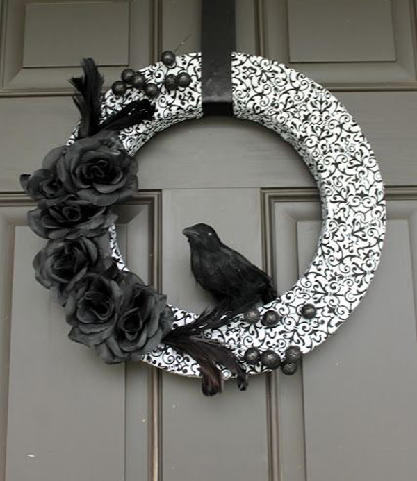Black And White Halloween Wreaths