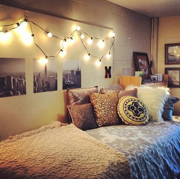 Cool Room Lighting: 15 Lovely College Dorm Room Designs