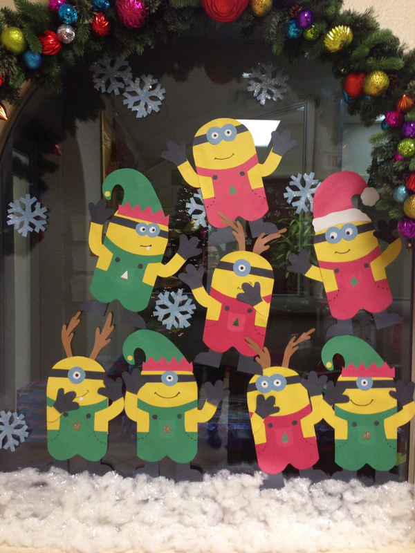 Minion christmas wall decor ideas for 12 days of christmas decoration theme