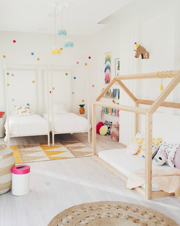 Fun Girl Room: Fresh And Fun Girl's Room With Double Beds