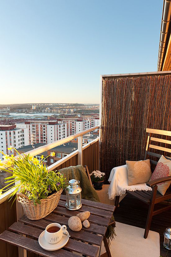 15 small balcony apartment with charming looks house for What does balcony mean