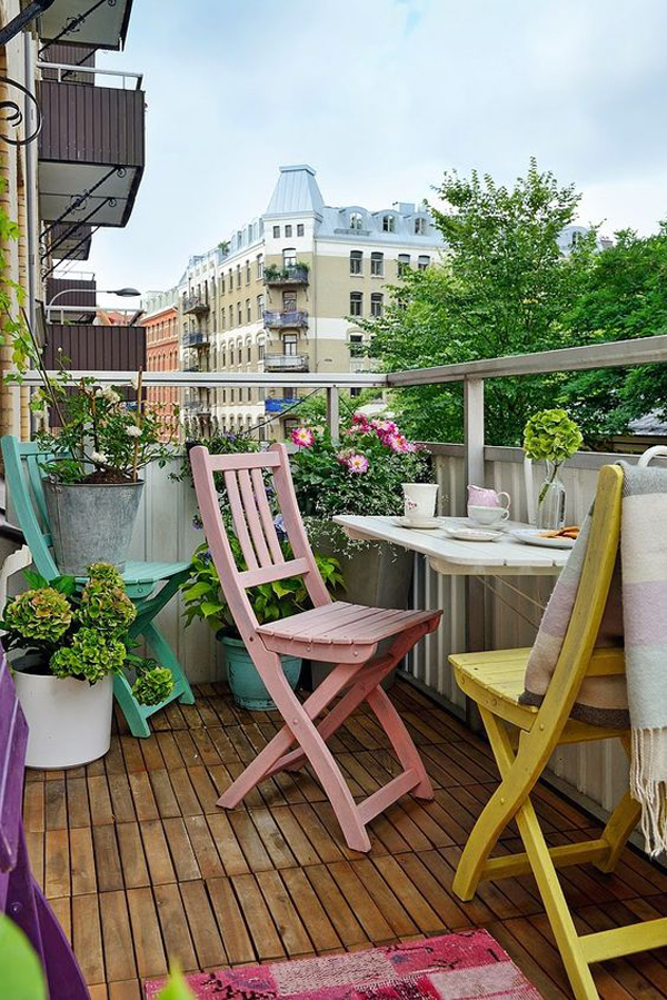 Pastel balcony apartment designs for Balconies or balconies