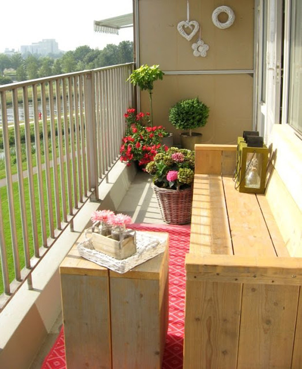 10 beautiful tiny balcony to narrow space ideas house - Decoracion terrazas pequenas ...