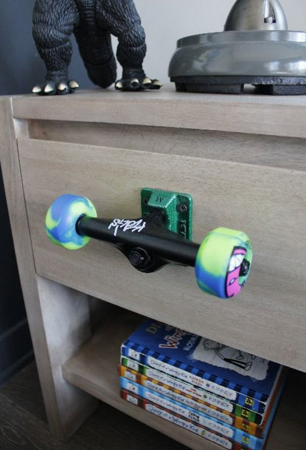 20 Cool And Fresh Skateboard Recycled Ideas