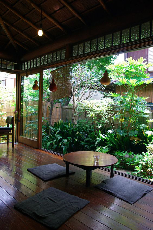 15 mix modern japanese courtyard with nature house for Interior courtyard designs ideas