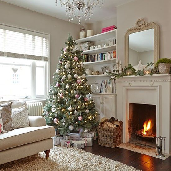 25 Awesome Christmas Living Room Ideas House Design And Decor