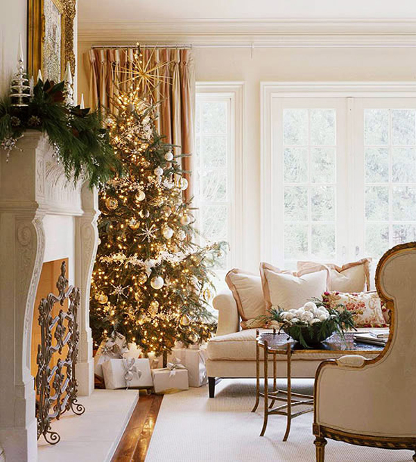 Holiday Home Design Ideas: 25 Awesome Christmas Living Room Ideas