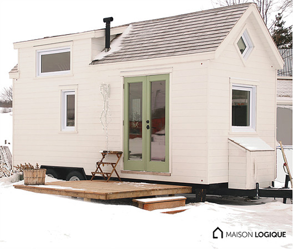 Warm and cozy tiny houses in canada house design and decor for Small house plans canada