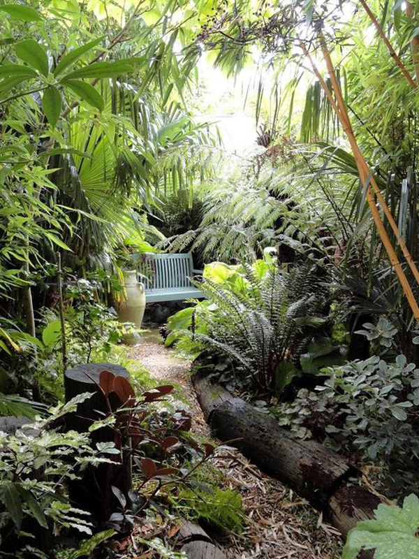 22 shady and fresh gardens to urban jungle ideas house for Jungle garden design ideas