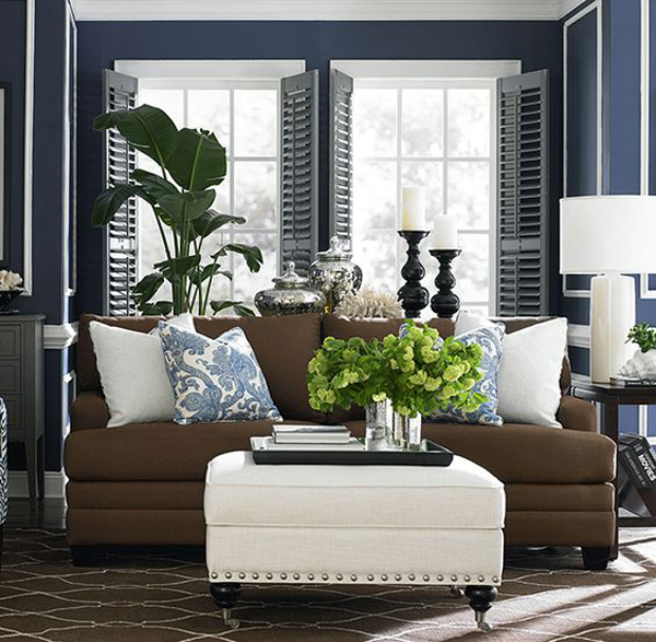 Brown And Blue Dining Room: 25 Mesmerizing Coastal Interiors With Tropical Elements