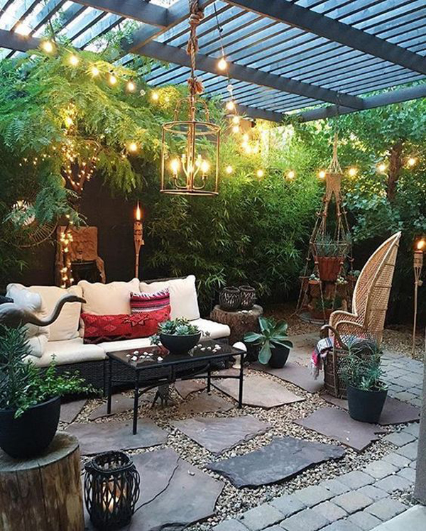 20 cozy and romantic pergola decor ideas house design for Small outdoor patio areas