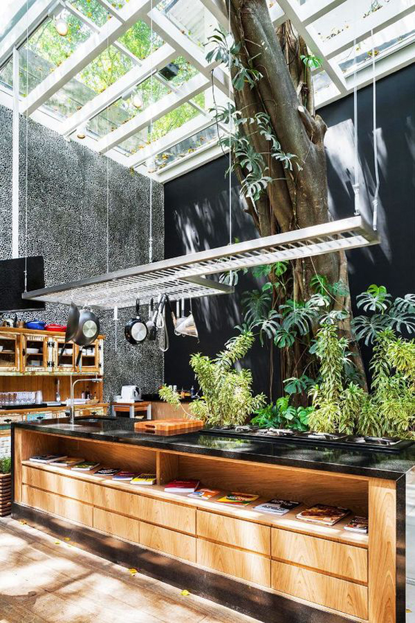 10 Mesmerizing Indoor Outdoor Kitchen For Summers House
