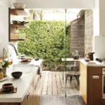 10 Mesmerizing Indoor-Outdoor Kitchen for Summers