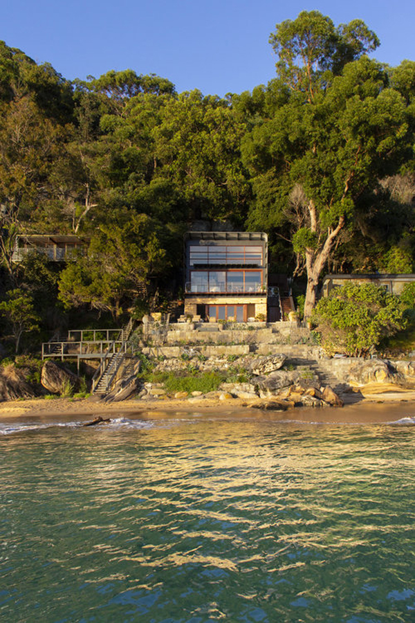 Hart House with Water Surrounded in Mackerel Beach