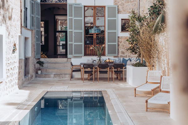 Beautiful Patiki Townhouse In Mallorca
