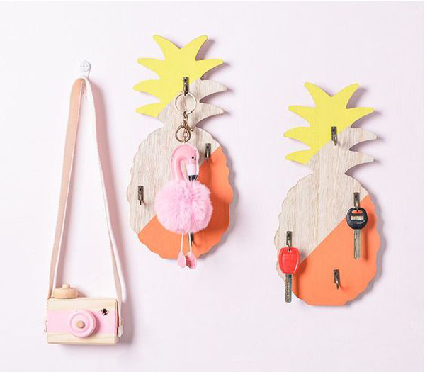 25 Cute DIY Wall Key Holder Ideas That Inspired