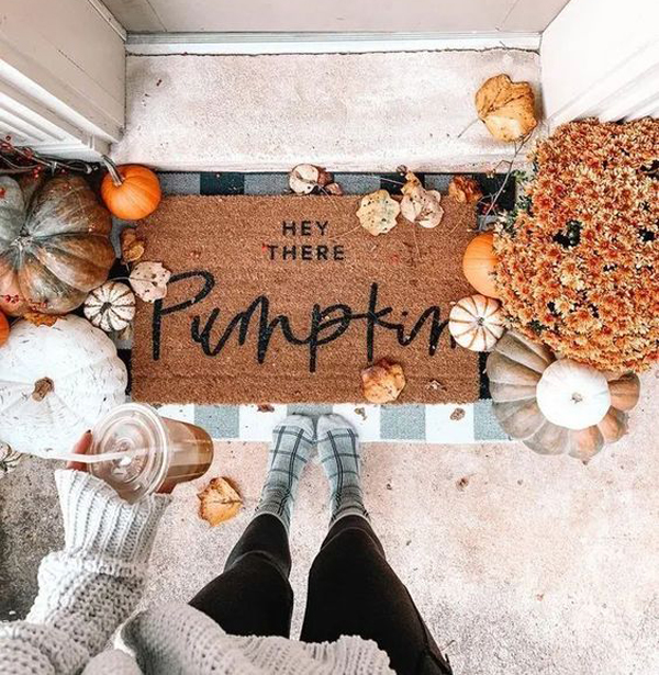 30 Stylish Outdoor Fall Decor Ideas You Can Copy Now