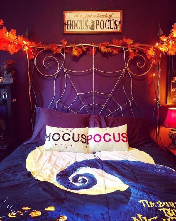 Creepy-halloween-bedroom-decorating-ideas