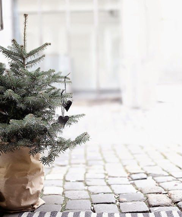 20 Scandinavian Christmas Styles That Always Give Warm Feeling