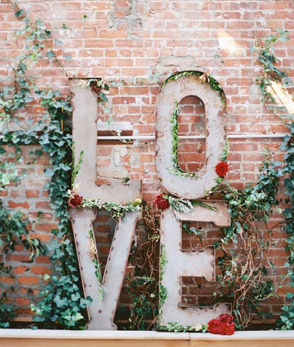27 Most Romantic Outdoor Valentine Decor To Warm Your Relationship