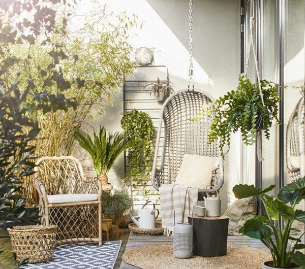 Urban Retreats: 20 Beautiful Jungle Terrace Ideas