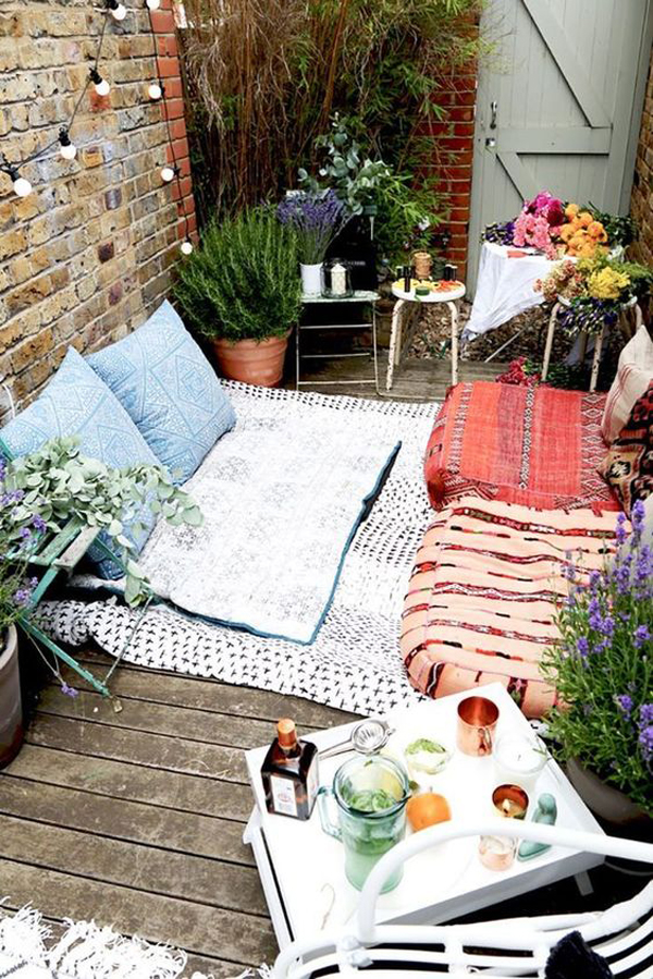 small-backyard-reading-nook-ideas on Backyard Nook Ideas id=15263