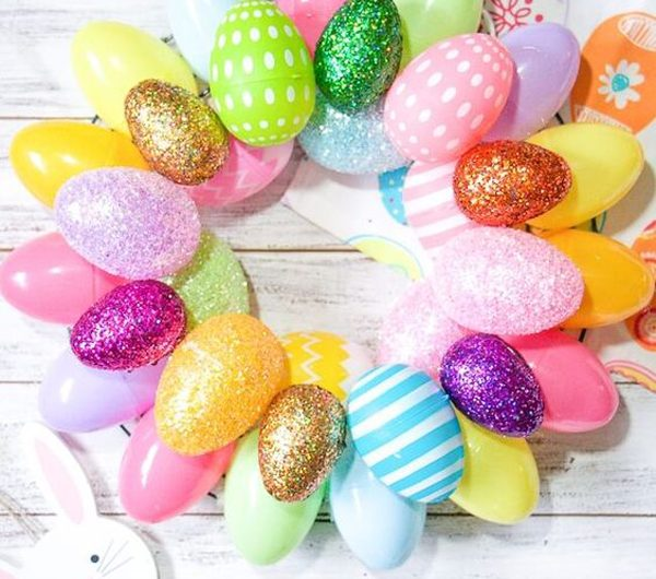 28 Gorgeous Easter Wreaths To Welcome The Festive Season