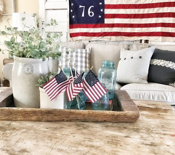 20 Great Living Room Decor For 4th of July Celebrate