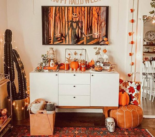 21 Trendy And Stylish Halloween Decor For TV Stand