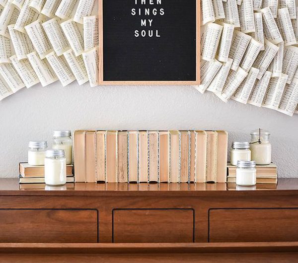20 DIY Vintage Book Walls To Decorate Your Home