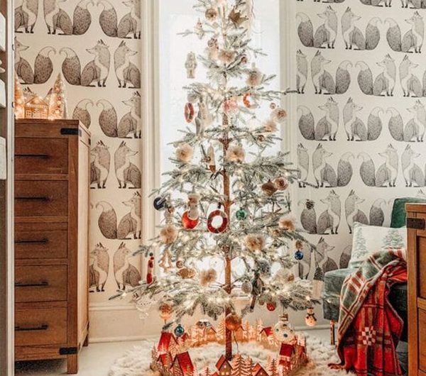 12 Beautiful Christmas Wallpaper Ideas To Try This Year's