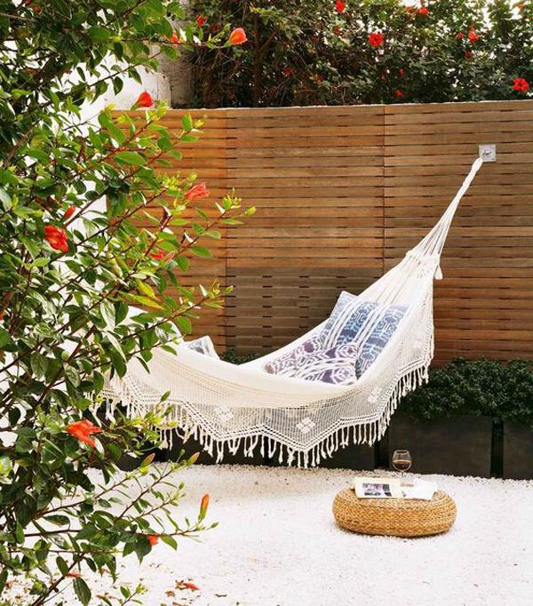 beautiful-outdoor-hammock-ideas