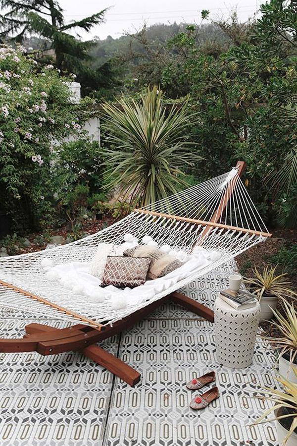 boho-stand-hammock-design