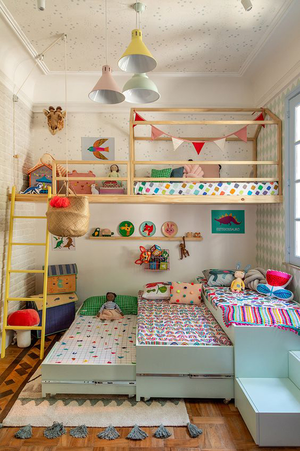 four-shared-kids-bedroom-decor