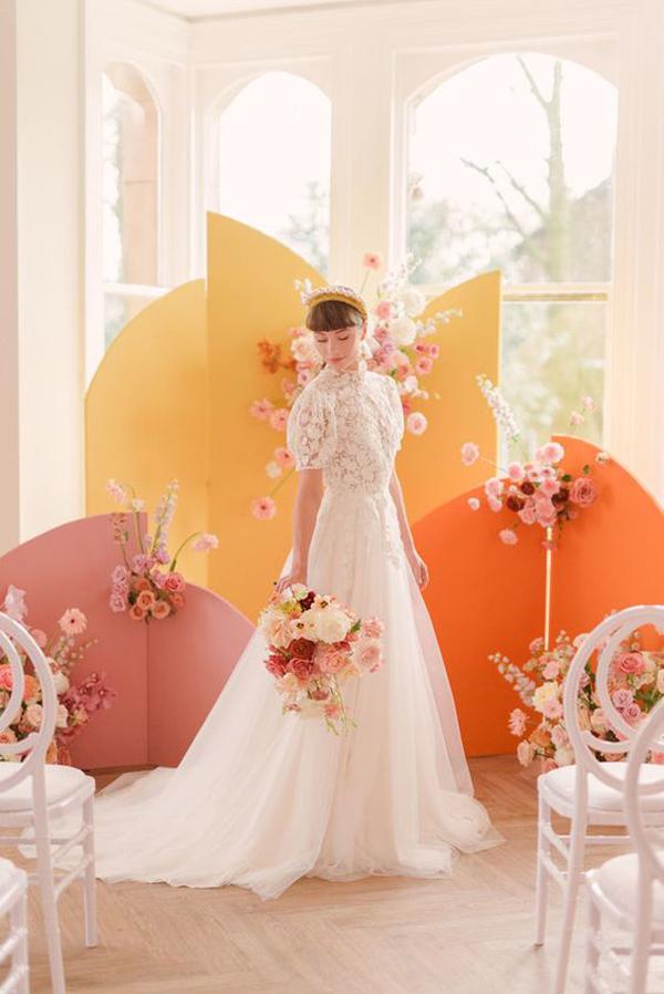 modern-color-block-wedding-backdrop