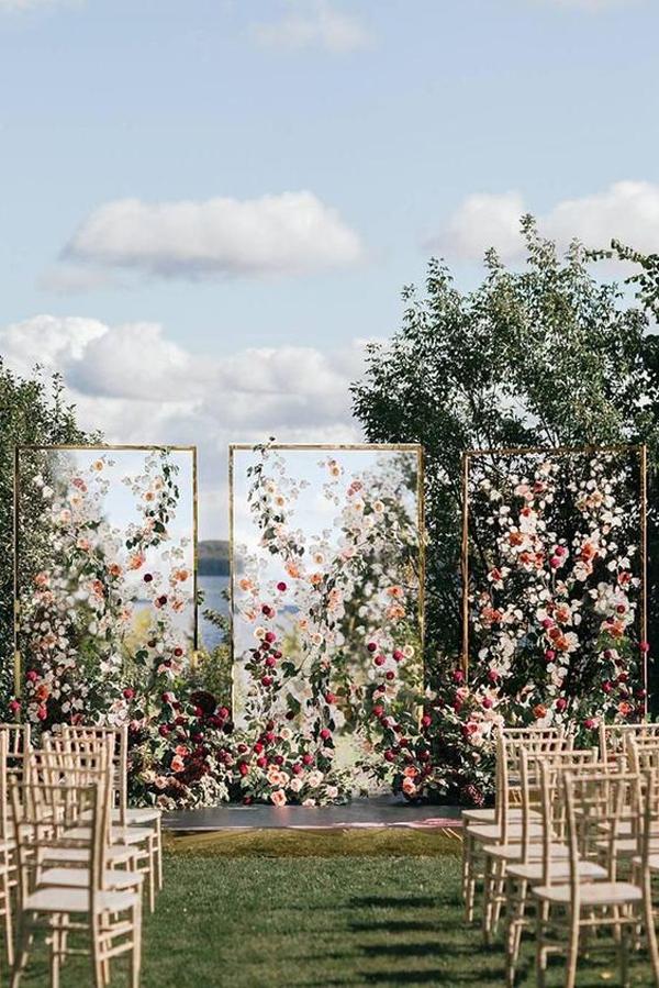 florist-wedding-backdrop