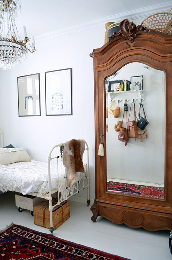 simple-vintage-bedroom-with-cabinet