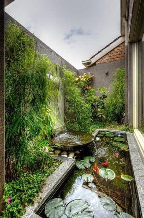small-side-garden-pond-design
